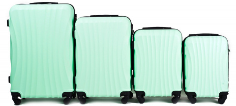 159, Luggage 4 sets (L,M,S,XS) Wings, Light green